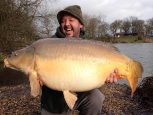New lake record Goliath weighing in at 44lb caught by regular angler Dale